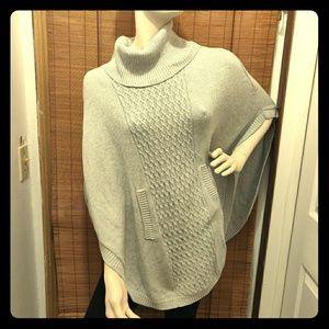 Cabi gray oversized poncho soft knit size XSmall